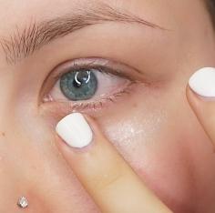 Using the Eye Cream